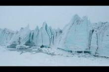 大雪纷飞时有种冬临城的感觉 来古冰川