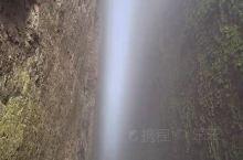 阴天有雾的江郎山一线天!