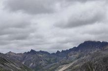 前往玉科草原,会翻越4500米的白日山垭