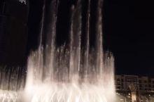 迪拜音乐喷泉世界最大、最壮观的喷泉
