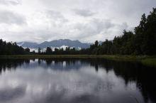 新西兰最美的镜湖
