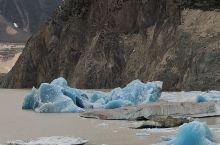 偶遇蓝色冰川 停留在宇宙的尽头  