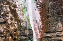石头可以变色的风景区万仙山风景区