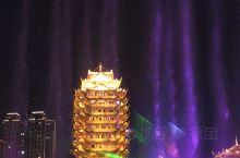 东坡城市湿地公园的音乐喷泉