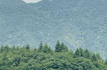 这地方看看山 看看水 和家人  心爱的人在一起 很舒适
