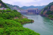 实拍广西大化县岩滩水电站 无人机带您欣赏红水河两岸风光 真美