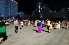东方红广场上的新疆舞
