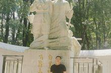 南山公园烈士陵园