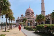 马来西亚布城的粉红清真寺