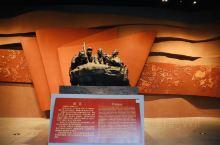 """【安阳·红旗渠】 红旗渠全长70.6公里。上个世纪60年代,伴随着一声声开山炮响,十万林州开山者以"""""""
