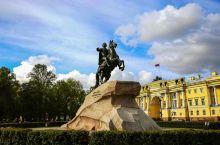 圣彼得堡,位于俄罗斯西北部,波罗的海沿岸,涅瓦河口,处于北纬59°~60° 、东经29°~30°之间