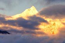 世界最美的雪山:梅里雪山!