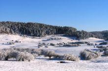 如果去不了远方就来仙女山看雪吧