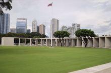 菲律宾马尼拉美军二战公墓,埋葬着近20,000美军和菲律宾士兵在太平洋战场中牺牲的战士。规模宏大,庄