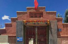 托林寺坐落于阿里地区扎达县城西北的象泉河畔,始建于北宋时期,是古格王国(公元10~17世纪)在阿里地