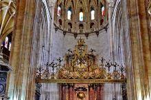 塞哥维亚主教座堂是西班牙和欧洲中古晚期建造的哥特式主教座堂,建于16世纪(1525年到1577年),