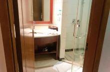 房间很好,住得舒服,服务态度非常棒