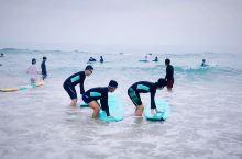 日月湾冲浪