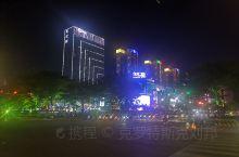 东汇城夜景