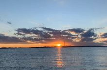 布里斯班 Wellington Point 的落日,每天不重样的景致。 如果只是想在市内转转,不想去