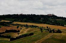从谷底向上脁望皮恩扎古城