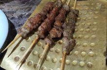 想念新疆美食,特意去新疆饭店品尝。