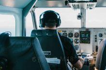 来澳大利亚凯恩斯游览大堡礁,乘坐直升机从高空游览是一种非常不错的选择,乘坐直升机你可以在空中感受到大