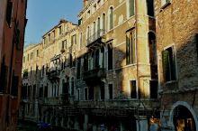 威尼斯一一因水而生,因桥而美