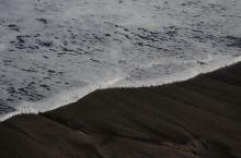 哈纳之路,黑沙滩,那个差点被浪吞没的瞬间