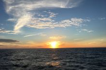 大堡礁日出,只有住在船上才有机会看到