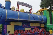 儿童乐园。
