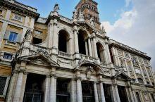罗马''圣母玛利亚大教堂''又称圣母大殿,是天主教四座特级宗座圣殿之一。大教堂建于5世纪,外观立面建