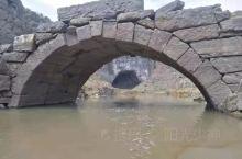 全州·桂林 弄岩水库位于全州县东山瑶族乡大坪村委弄岩村旁,也叫弄岩湖、盘龙湖。原是修建于1978年,