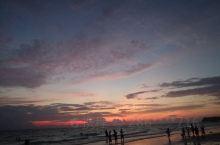 长滩岛的落日比图片里更美,特别是帆船尽出的场景