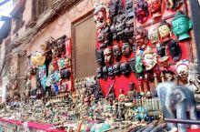加德杜巴广场上的集市,手工制鞋的,纪念品,小商品,花,蔬菜