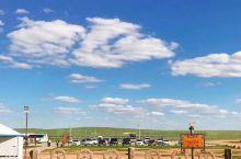 回来2个多礼拜了  时常想念内蒙古那片天空  真想用上个半年待在那里  就睡在车里  哪里景色好停哪