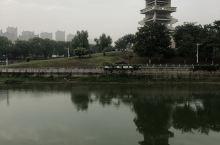 大泗洪的世纪公园里的九层塔多漂亮