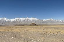 西藏阿里的雪山
