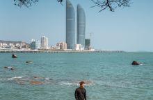 厦门小众拍照地鼓浪屿海边浪漫与双子塔合照  所谓的大德记浴场,其实就是一个天然的泳池而已,不过这里可
