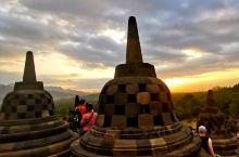 婆罗浮屠的夕阳