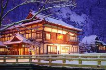 """福岛县有太多丰富的旅游体验,却一直没有深度地游历,位于会津若松的会津东山温泉""""向泷"""",是注册有形文化"""