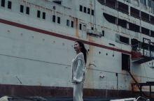 湛江旅行|打卡废弃小白船末日风滤镜