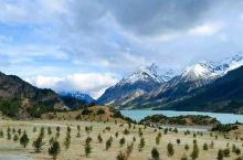 川藏线318国道边的一道风景