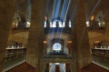 西班牙UPF大学图书馆内部