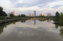 汉中旅游打卡胜地-湿地公园打卡,个人感觉,城市湿地公园最好的地方就是汉中湿地公园,天水一色,景色宜人