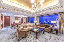 满洲里最奢华度假酒店:距大草原仅几公里,边境游的好选择! 满洲里是我国最北方的一个城市,地处内蒙古东