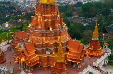 这是云南西双版纳,亚洲最大的星光夜市