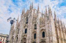 意大利 | 独具特色的哥特式教堂  米兰大教堂建于1386年,从始建到完成花费了六个世纪,可见其建造
