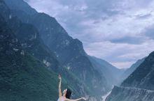云南虎跳峡 真正俯瞰山河的悬崖秘境之旅