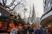 德国的很多地区都会举办自己的圣诞市集,他们大多都有着数百年的历史,比如创始于1310年的慕尼黑尼古拉